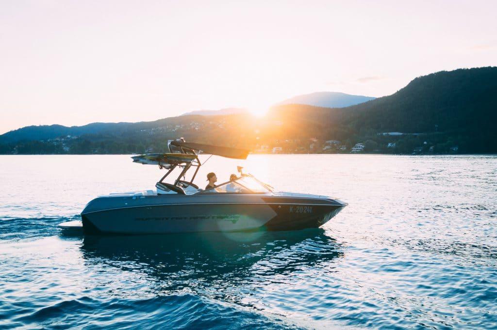 Båtstrid i retten: Fylkesnes Fisk har saksøkt tidligere styremedlemmer i Austevoll Marine Group for